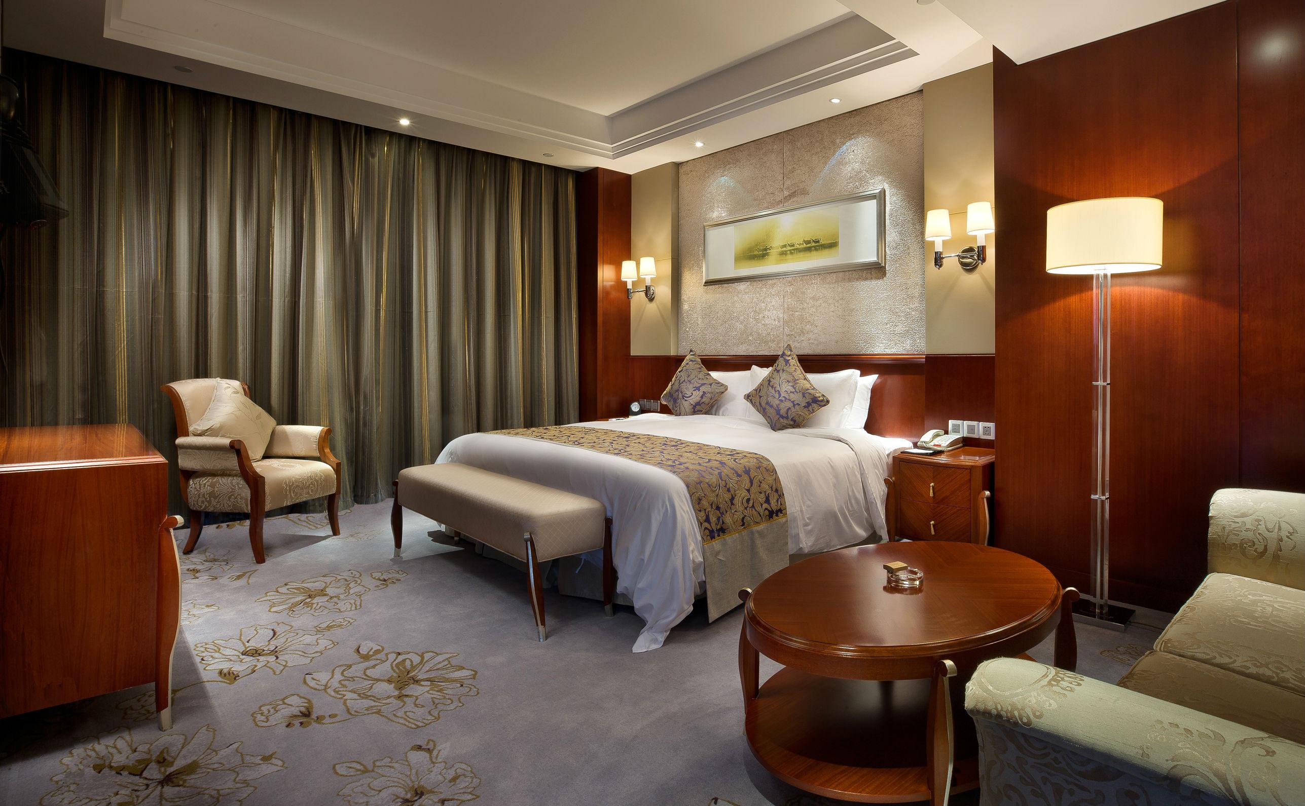 半岛温泉酒店是盐城市大丰区首座集商务会议